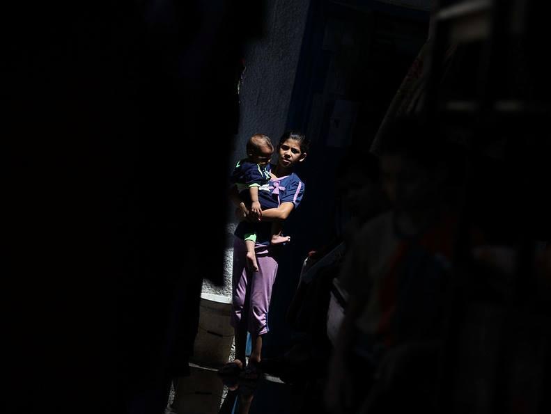 Photo of يوميات الغزازوة في الحرب: ساعتين كهربا