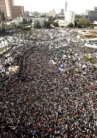 الحشود المليونية في مظاهرات مصر احتجاجاً على مبارك ونظام الحكم