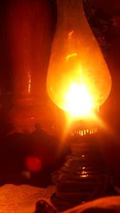 هنا نستخدم المصادر البديلة للكهرباء